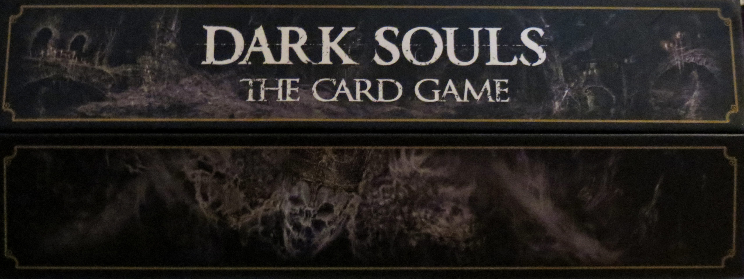 Dark Souls: The Card Game (Logo auf der Spielschachtel)